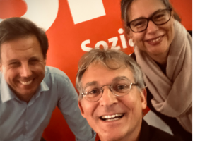 Thomas Losse Müller, Jan-Christoph Schultchen, Dr. Nina Scheer bei einer Veranstaltung in Schwarzenbek.